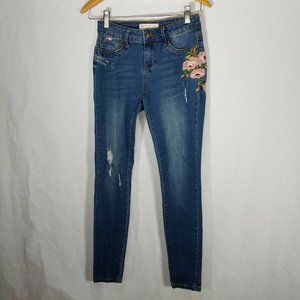 Angel Kiss Mid Rise Skinny Jeans Size 1 Distressed
